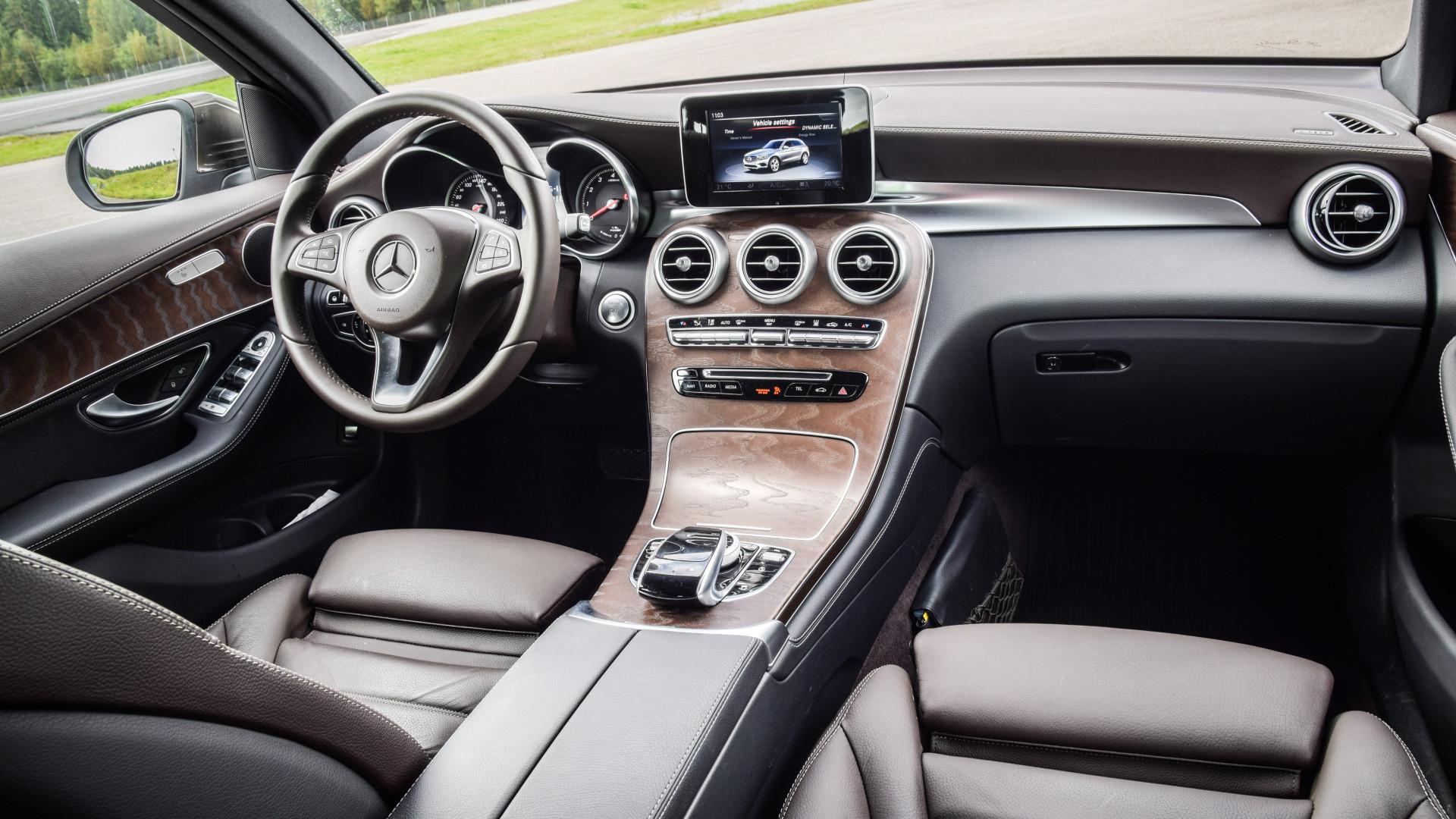 Sistemas de entretenimento de carros é maior fonte de 'dores de cabeça'