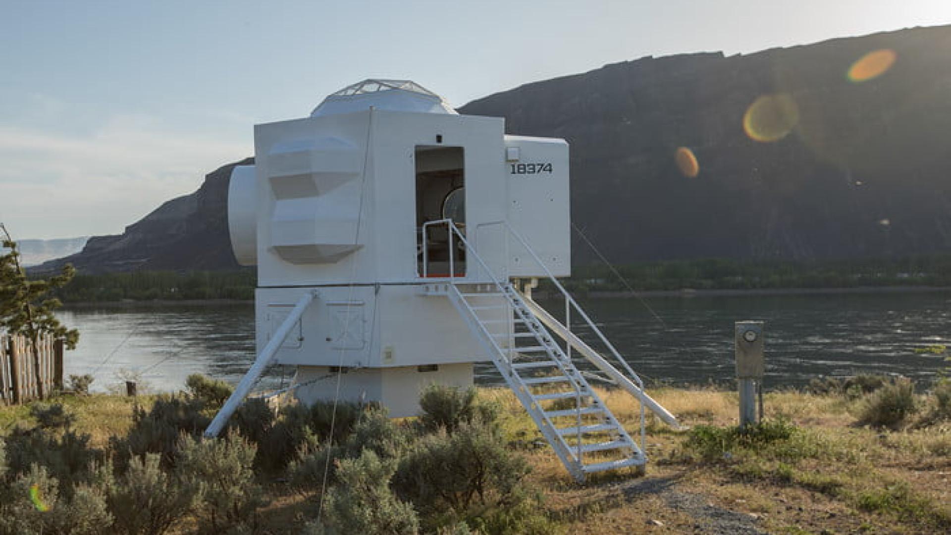 Casa inspirada na ida à Lua é perfeita para os aficionados do Espaço