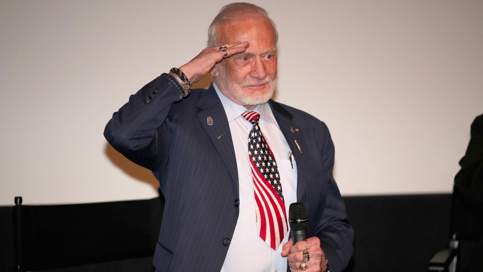 Força Espacial de Trump tem apoio de um dos primeiros homens na Lua