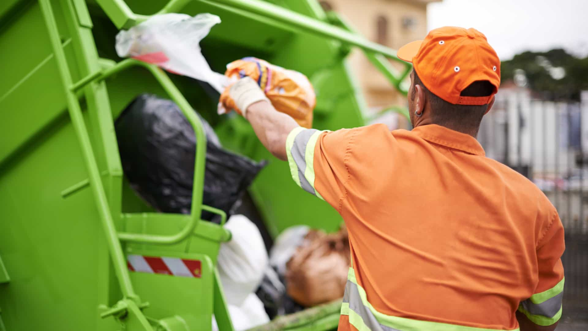 Câmara de Lisboa admite constrangimentos na recolha de lixo na cidade