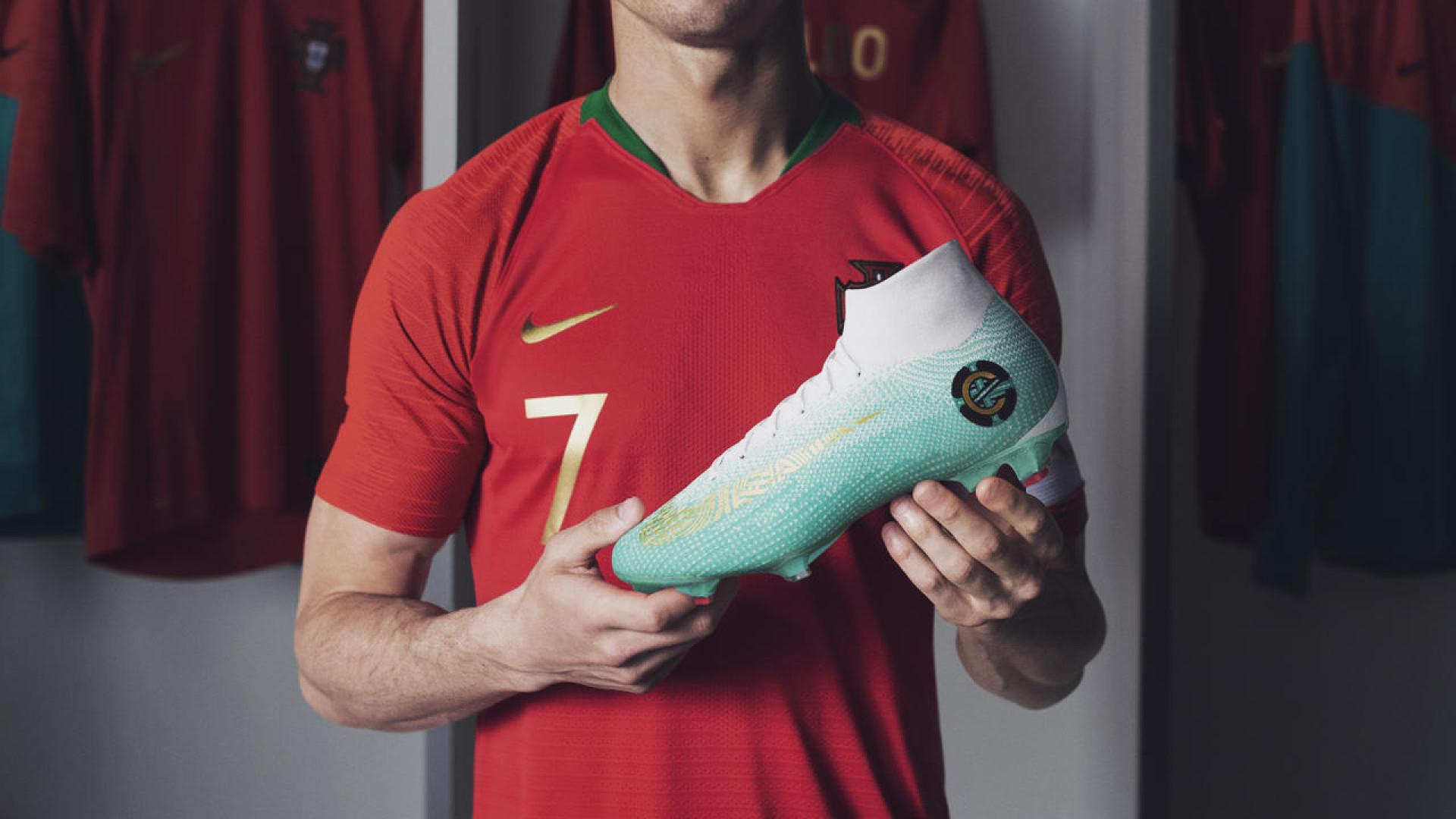 Mercurial Superfly 360: Conheça as novas botas de Cristiano Ronaldo