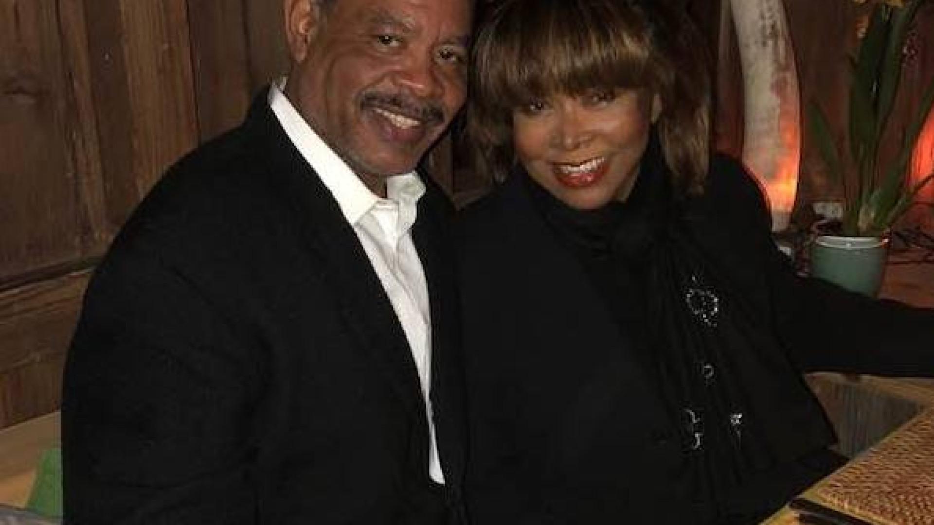 """Tina Turner sobre morte do filho: """"Não sei o que o levou ao limite"""""""