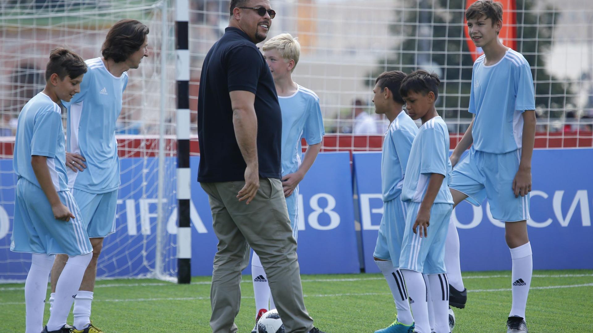 Ronaldo internado em Ibiza devido a uma pneumonia