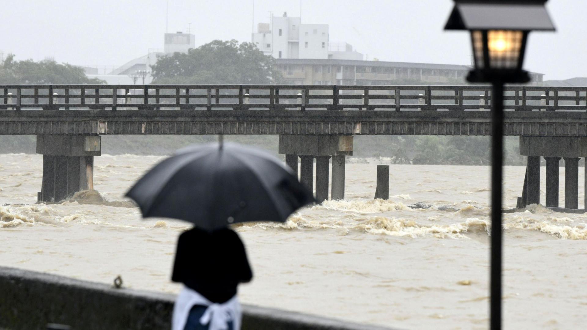Aumenta para 66 o número de mortes devido às inundações no Japão