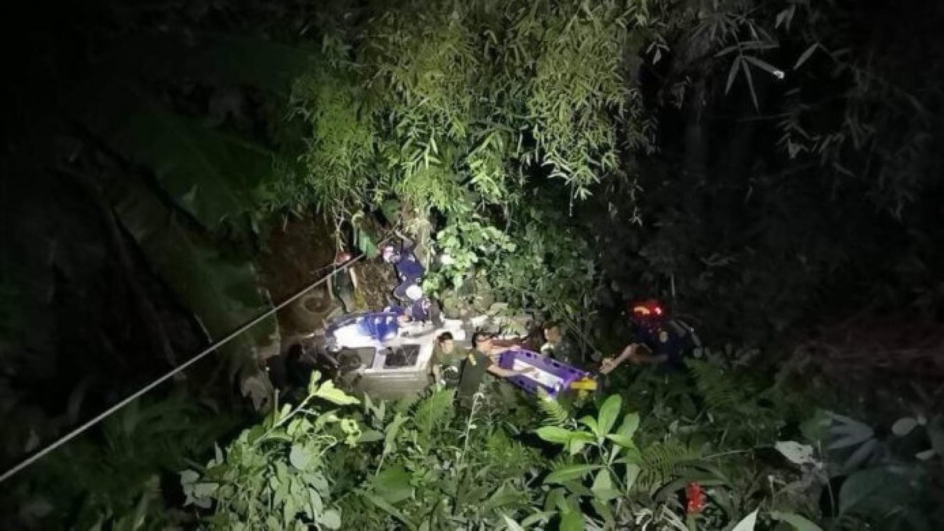 Acidente no exterior de gruta da Tailândia faz vários feridos