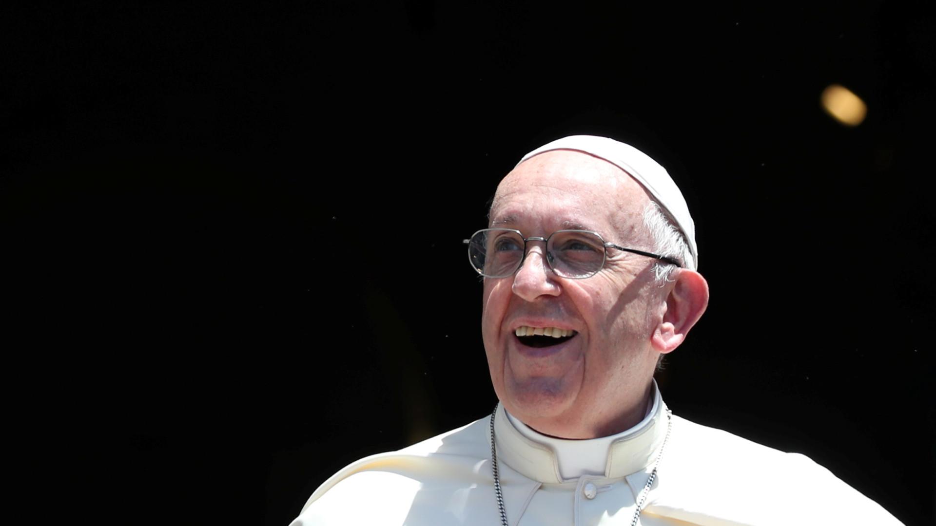 "Papa Francisco anima brasileiros. ""Será da próxima vez"""