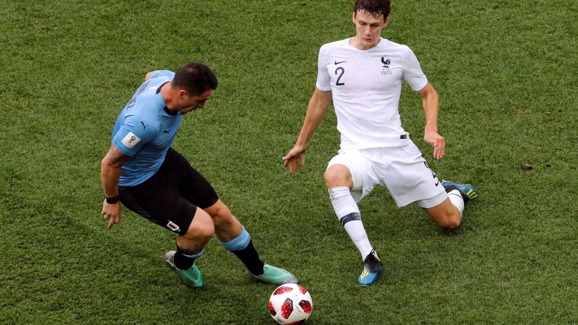 """""""Uruguai? Acabei o jogo a jogar só com uma perna"""""""