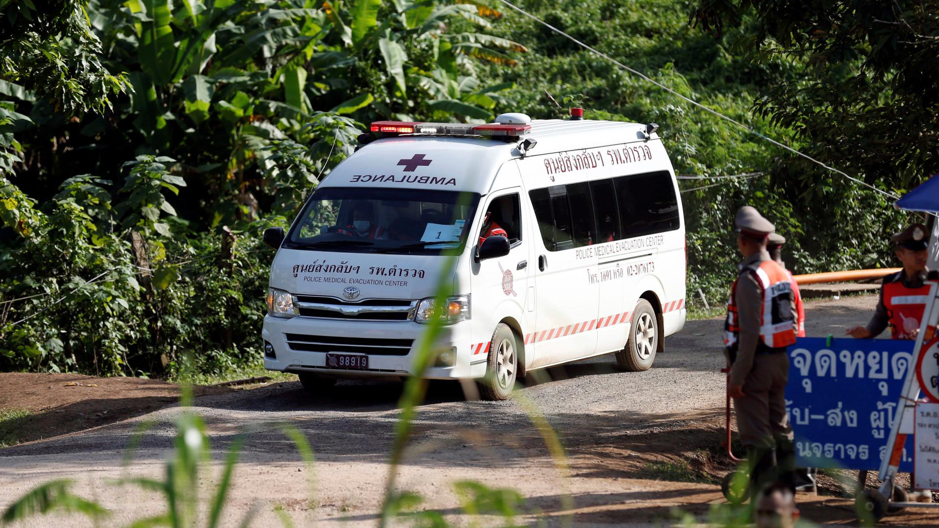 Quinta criança retirada de gruta na Tailândia