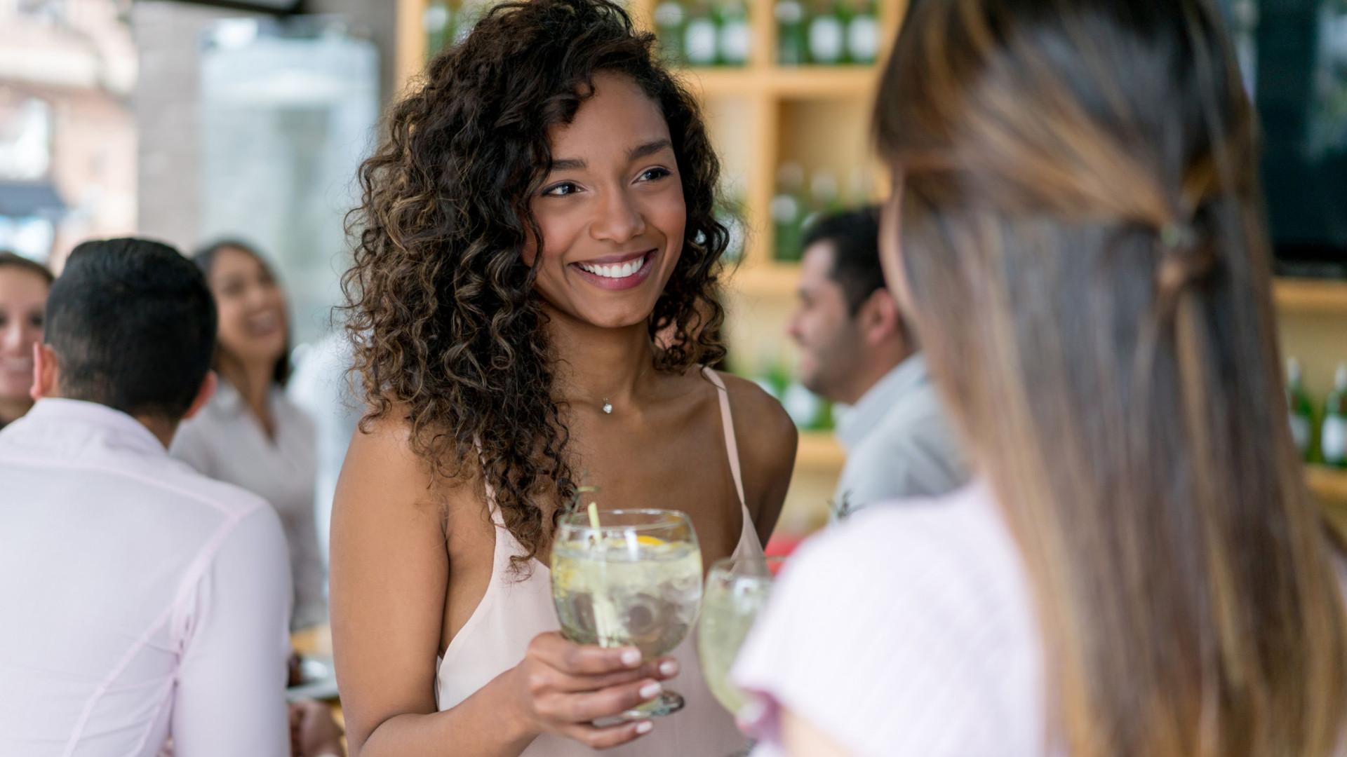 Afinal, por quanto tempo permanece o álcool no organismo?
