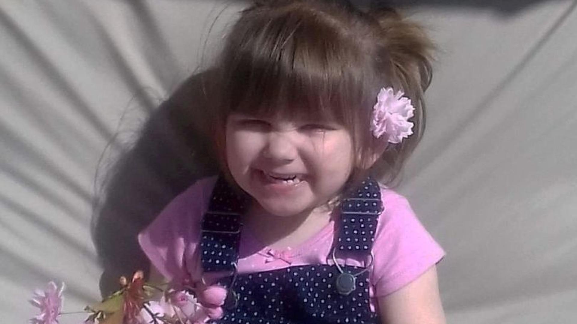 Duas pessoas detidas após morte de criança em insuflável