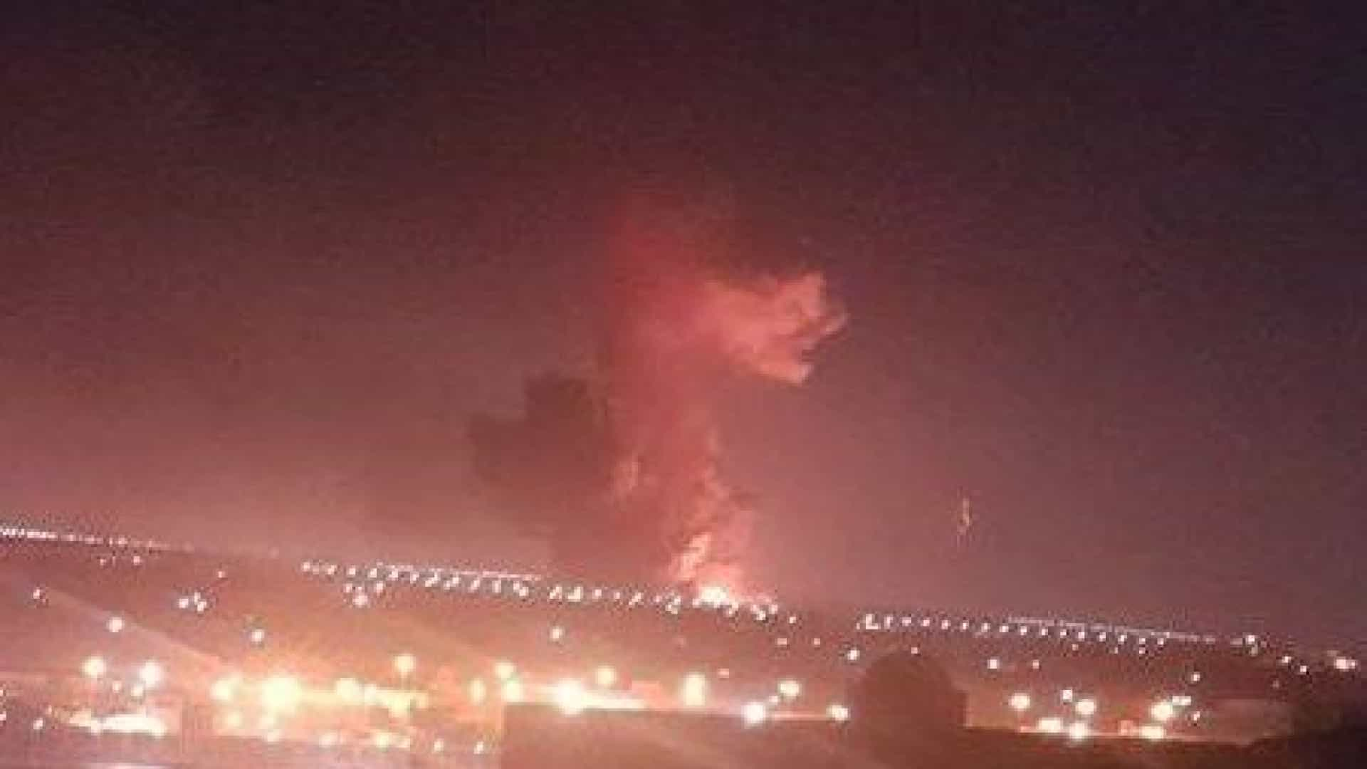 Explosão junto ao aeroporto do Cairo