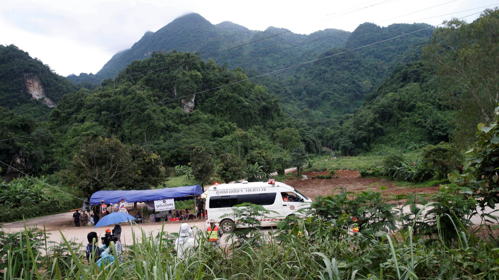 Autoridades estudam como tornar complexo de grutas num ponto turístico