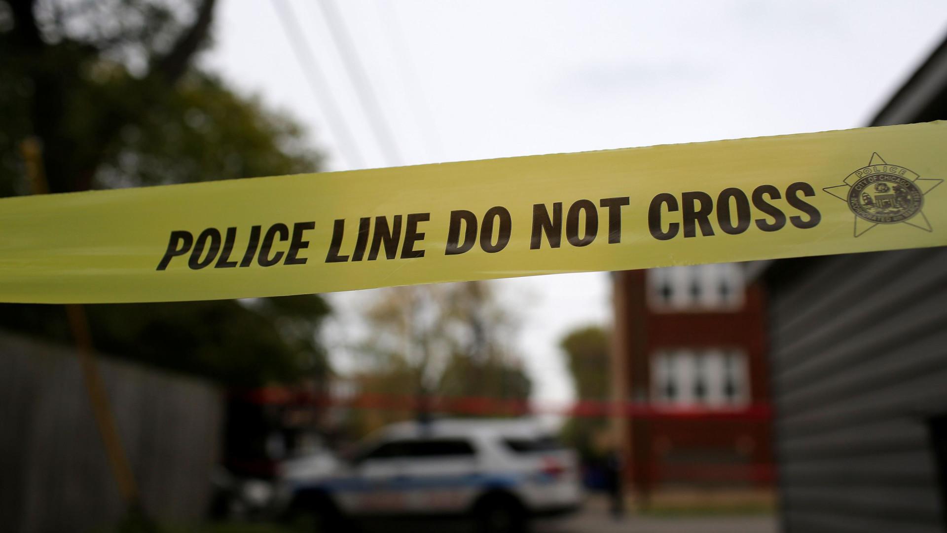 Homem morto a tiro por polícia gera confrontos em Chicago