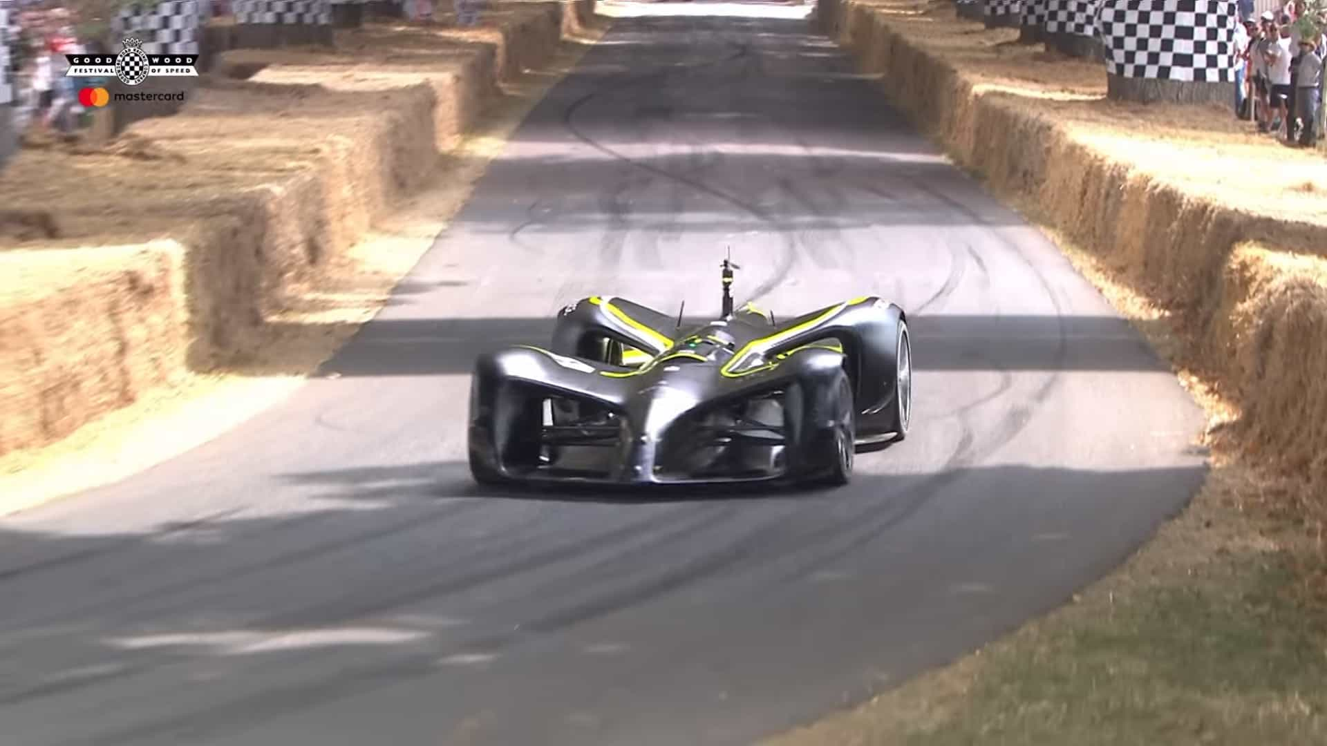 Carro autónomo completou desafio do Festival Goodwood. Veja o vídeo