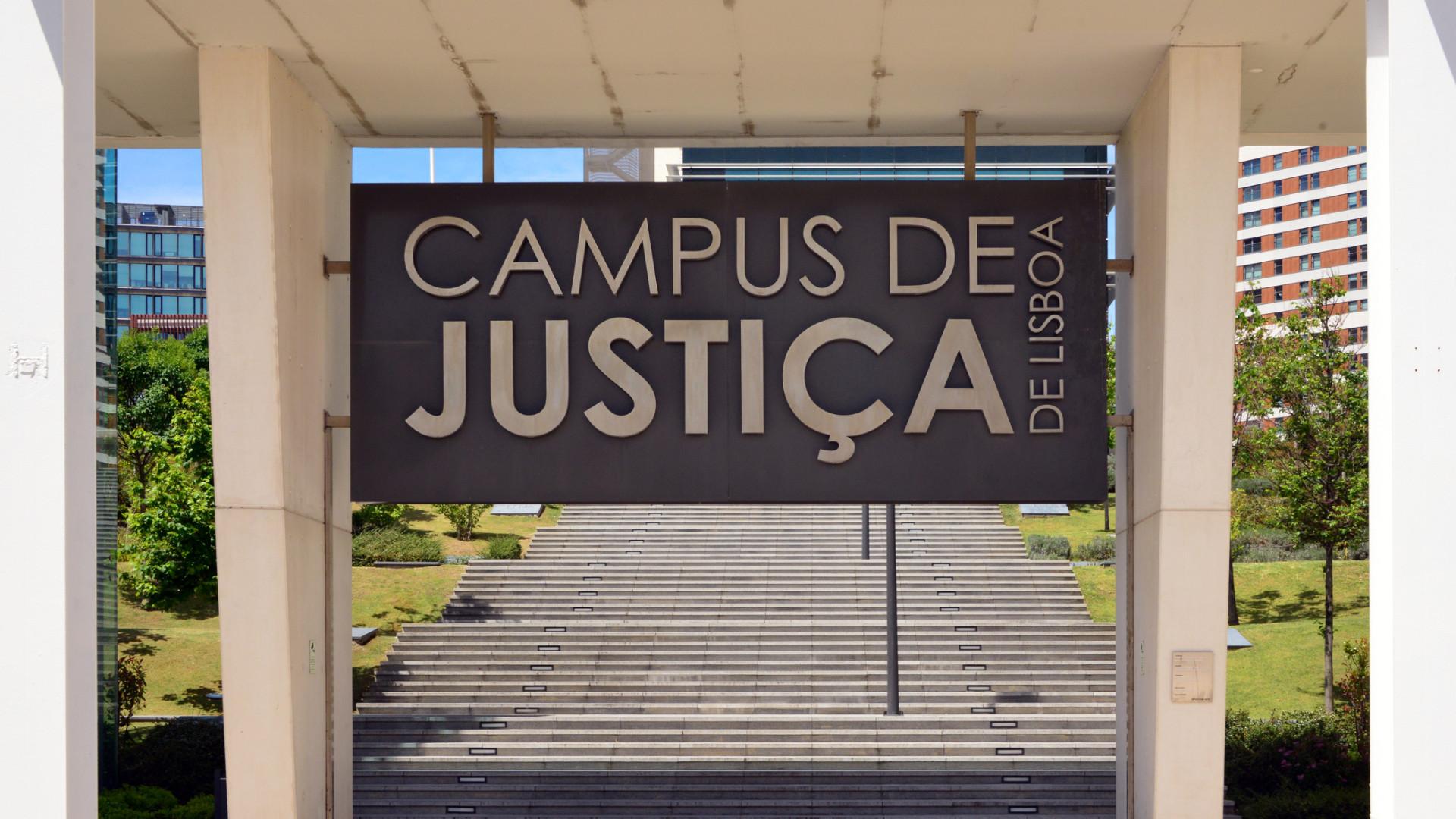 Faltam inspeções aos elevadores do Campus de Justiça, avisam juízes