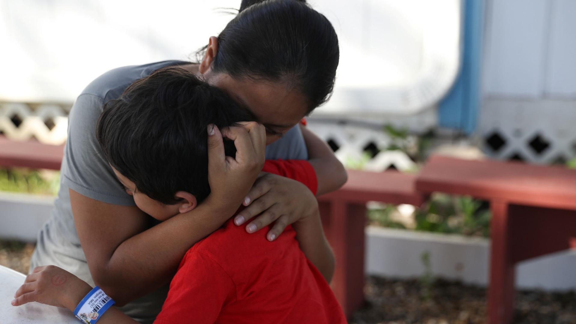 EUA entregaram 364 crianças às famílias separadas na fronteira com México