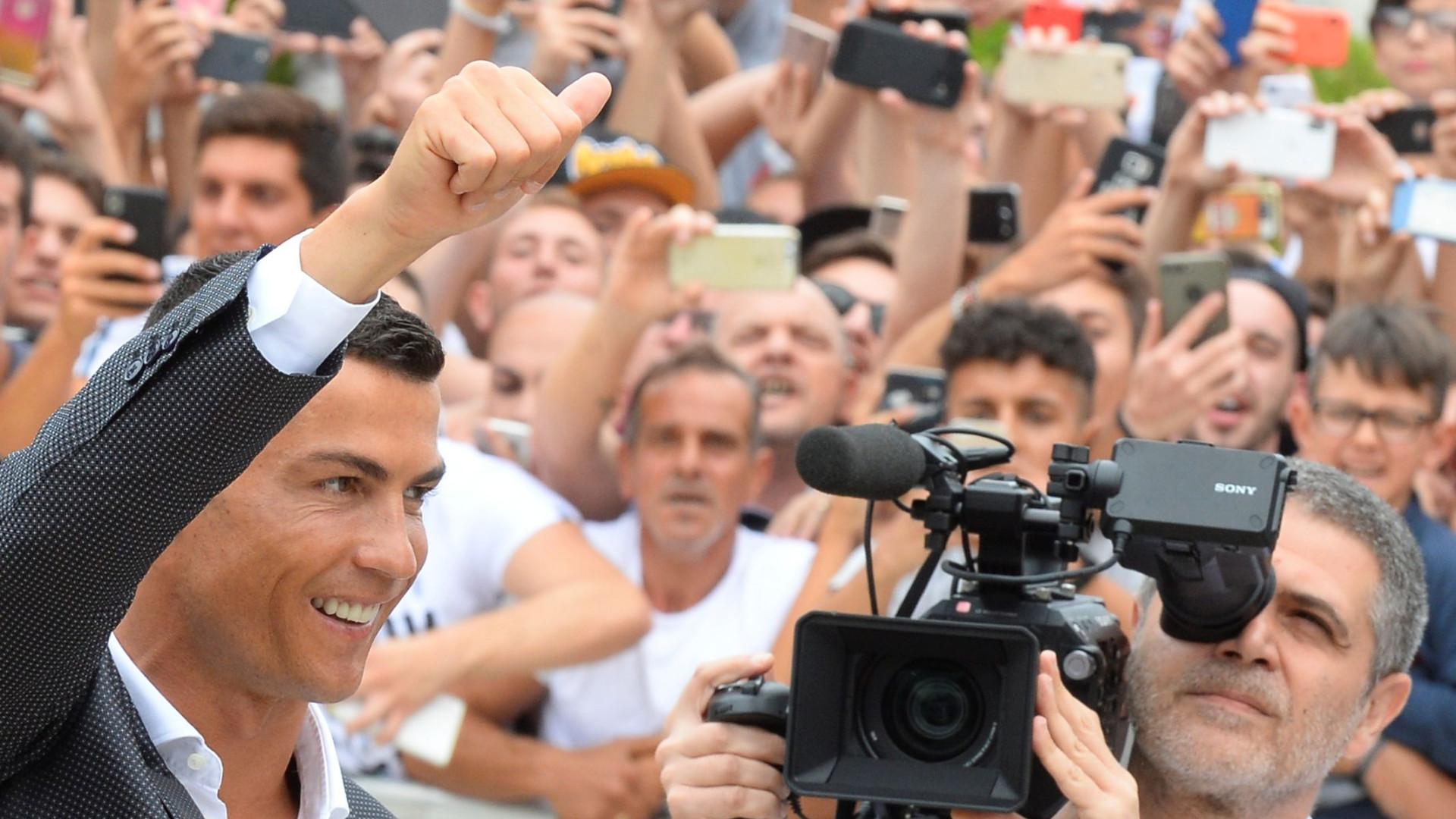 Cristiano Ronaldo é titular no jogo de estreia pela Juventus