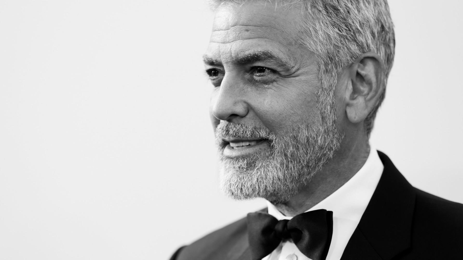 Após acidente, George Clooney está de volta às gravações