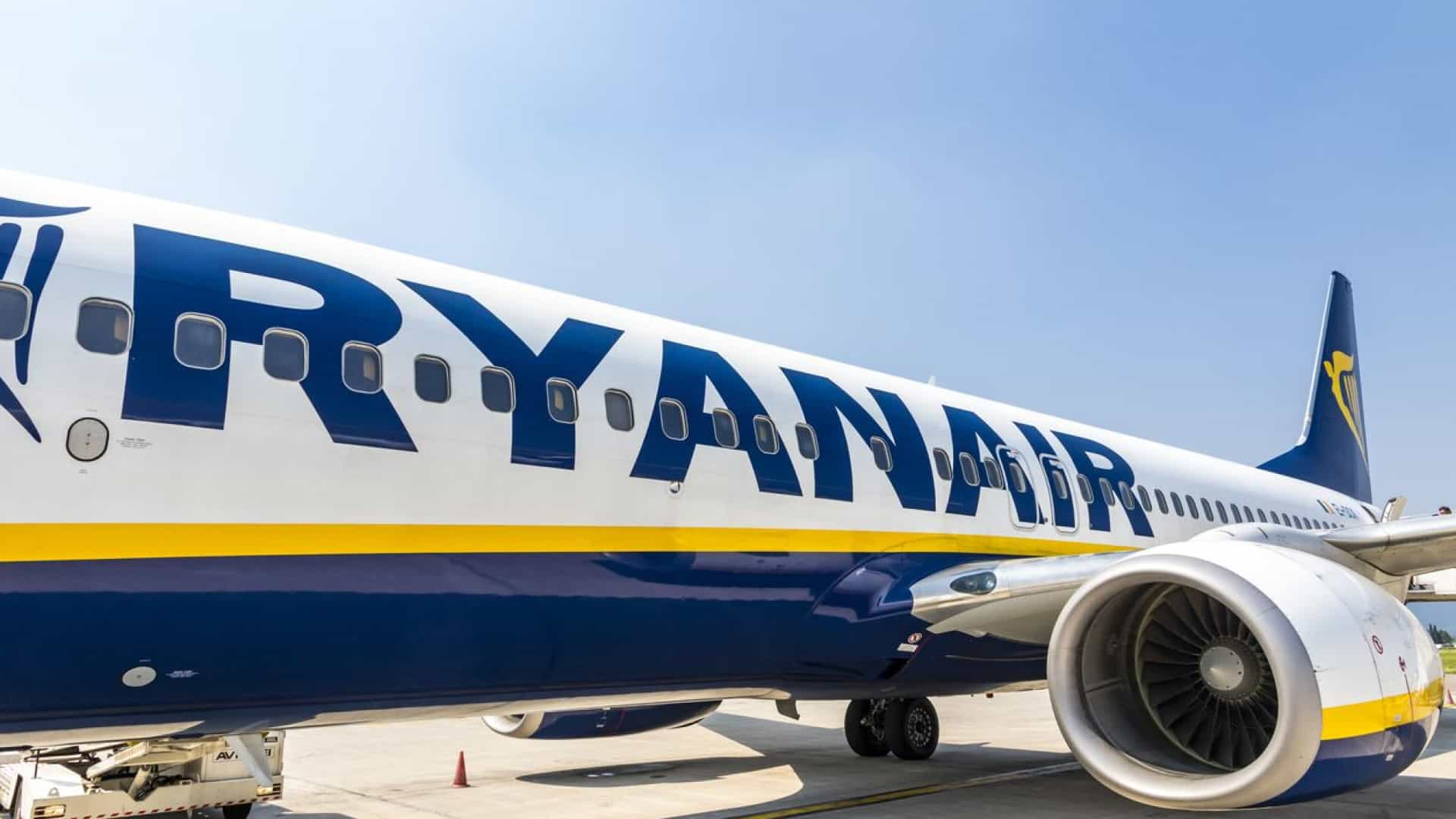 Ryanair diz que opera 85% dos voos apesar da greve na Europa