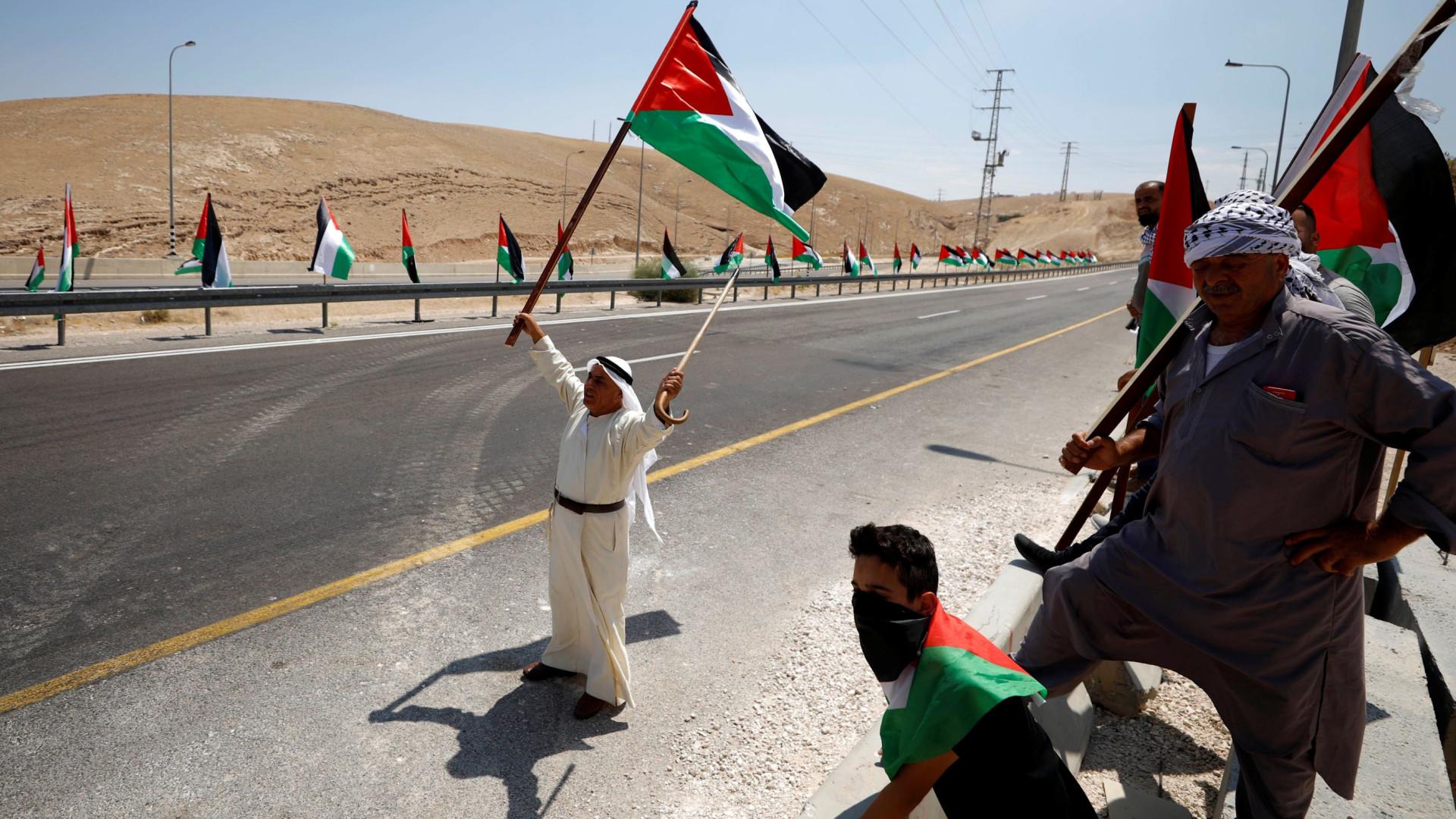 Confrontos perto de aldeia beduína na Cisjordânia ameaçada de demolição