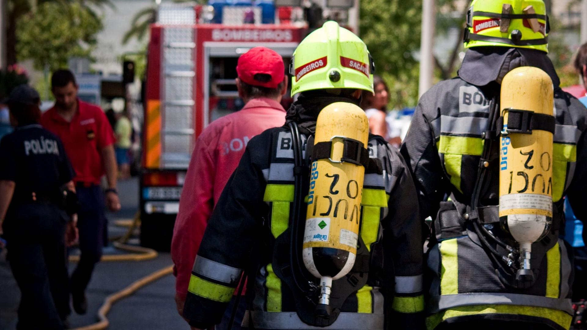 Comboio de Natal de Rio Maior incendiado na madrugada de hoje