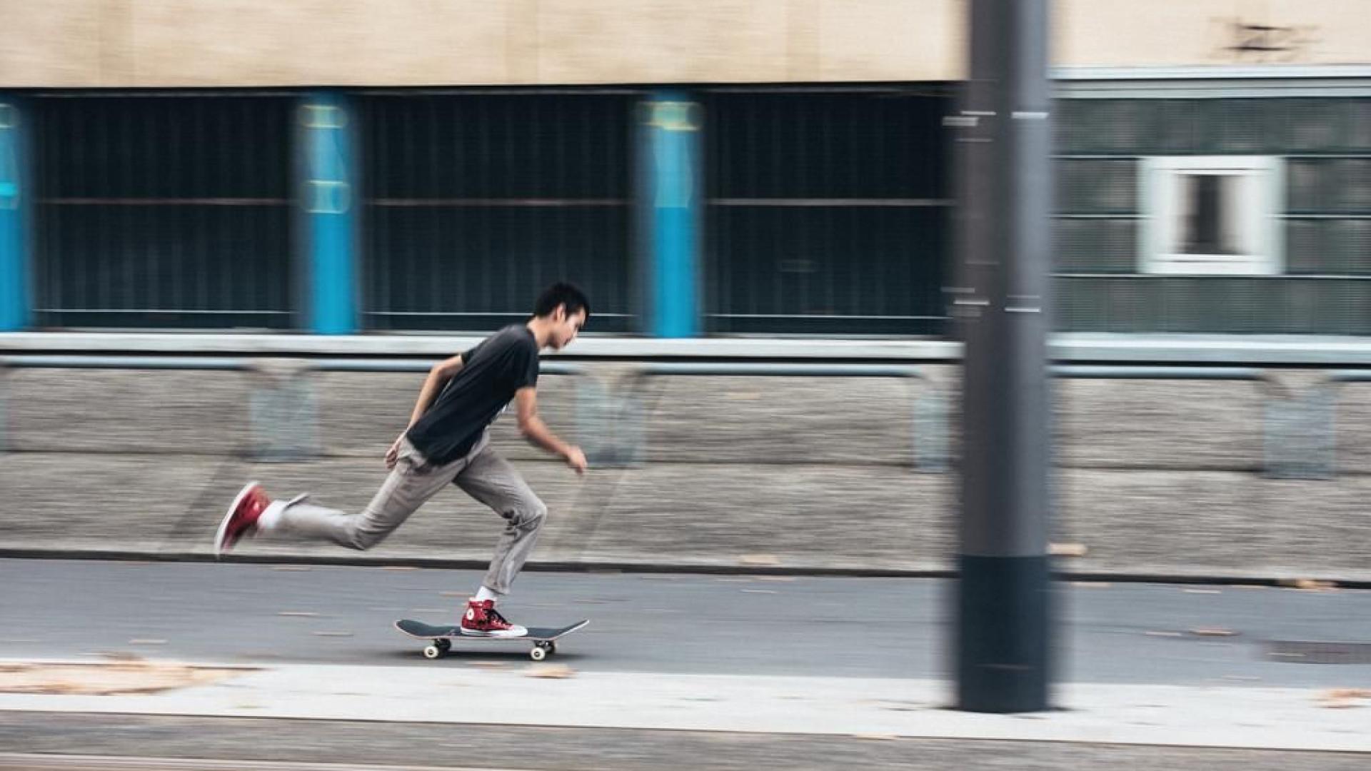 Converse CONS x Sean Pablo juntos no skate