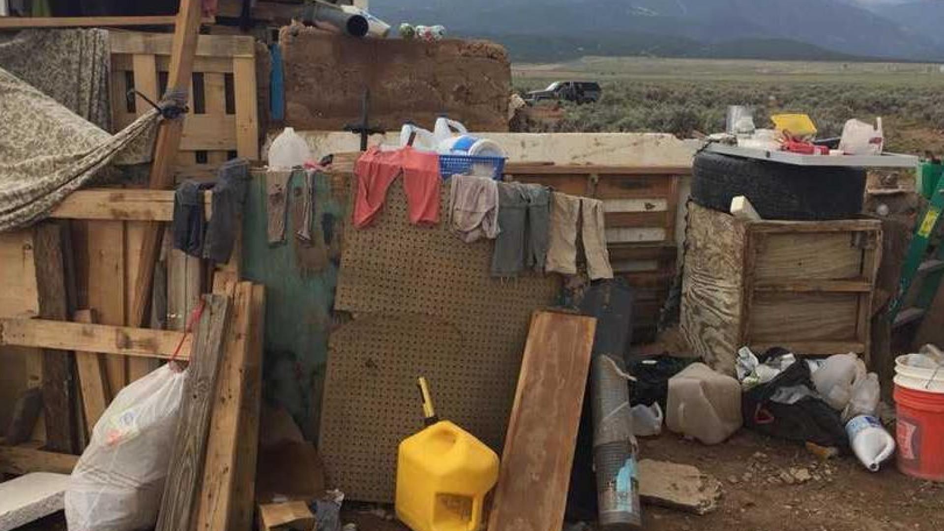Corpo de menino encontrado após resgate de outras 11 crianças de caravana