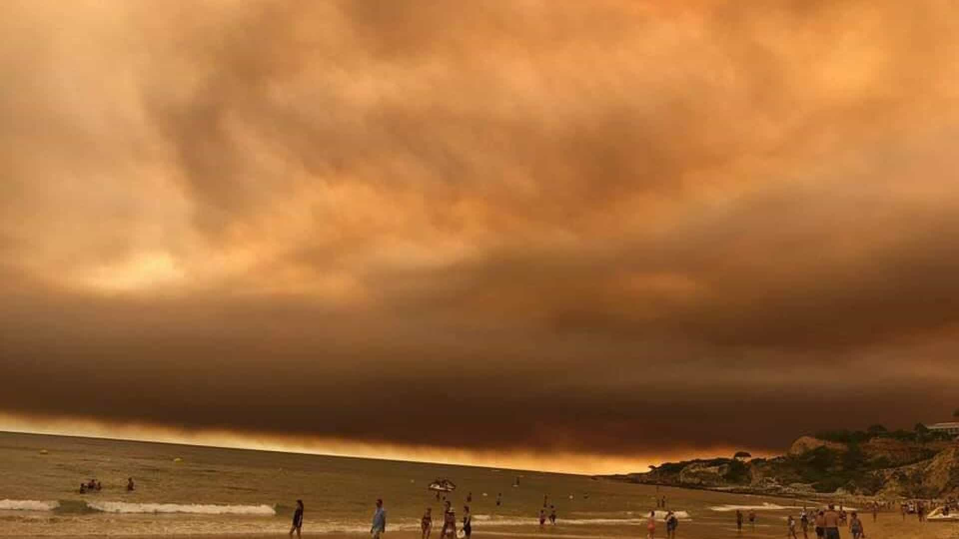 No Algarve, o cenário é dantesco da Falésia à Meia Praia
