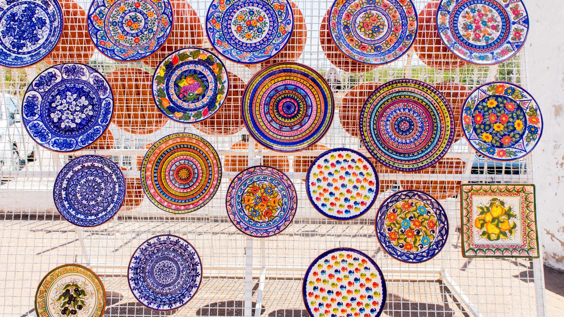 Cerca de 70 expositores promovem artesanato em Miranda do Douro