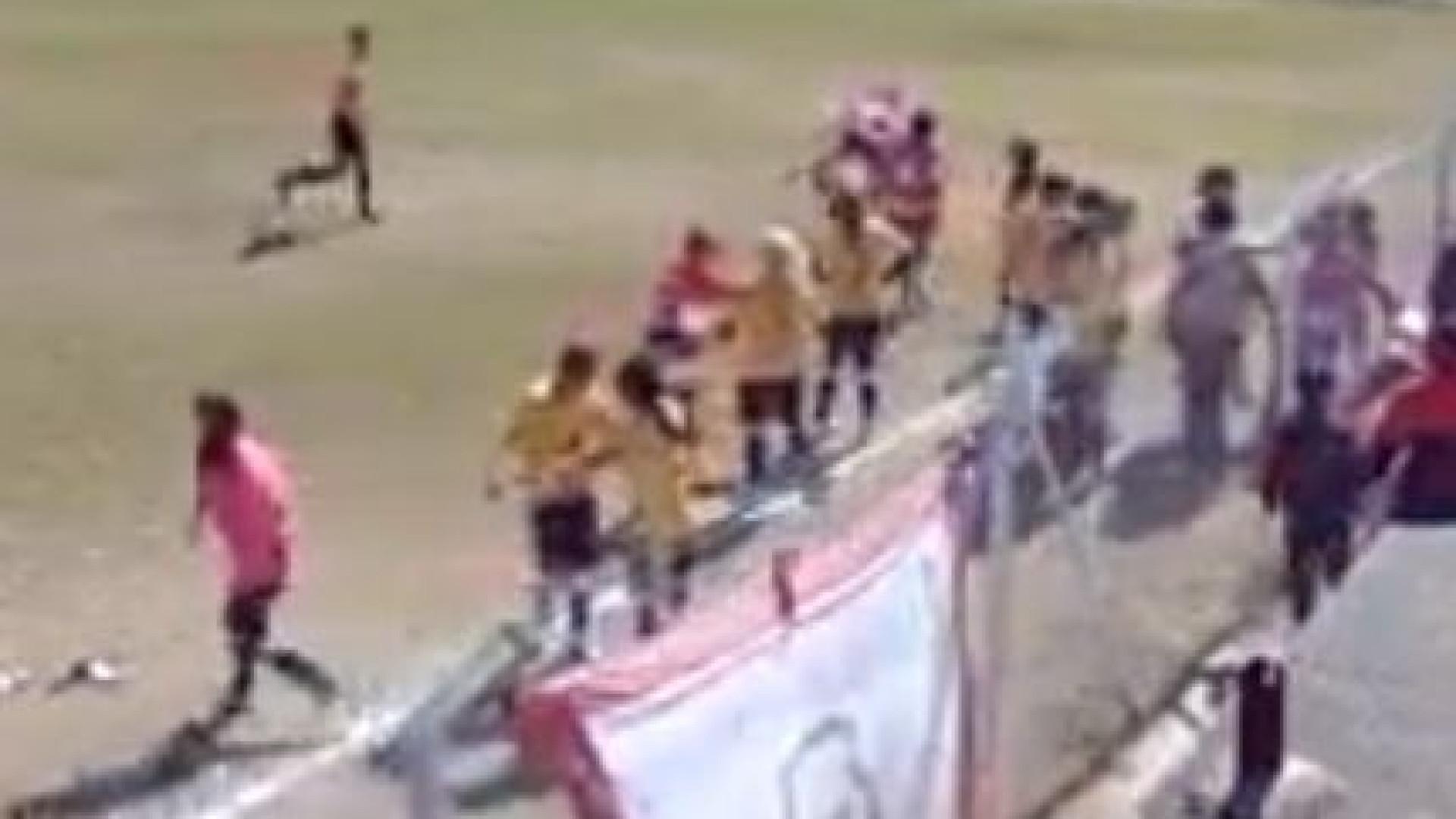 Pancadaria no futebol feminino: Desde bofetadas e empurrões até socos