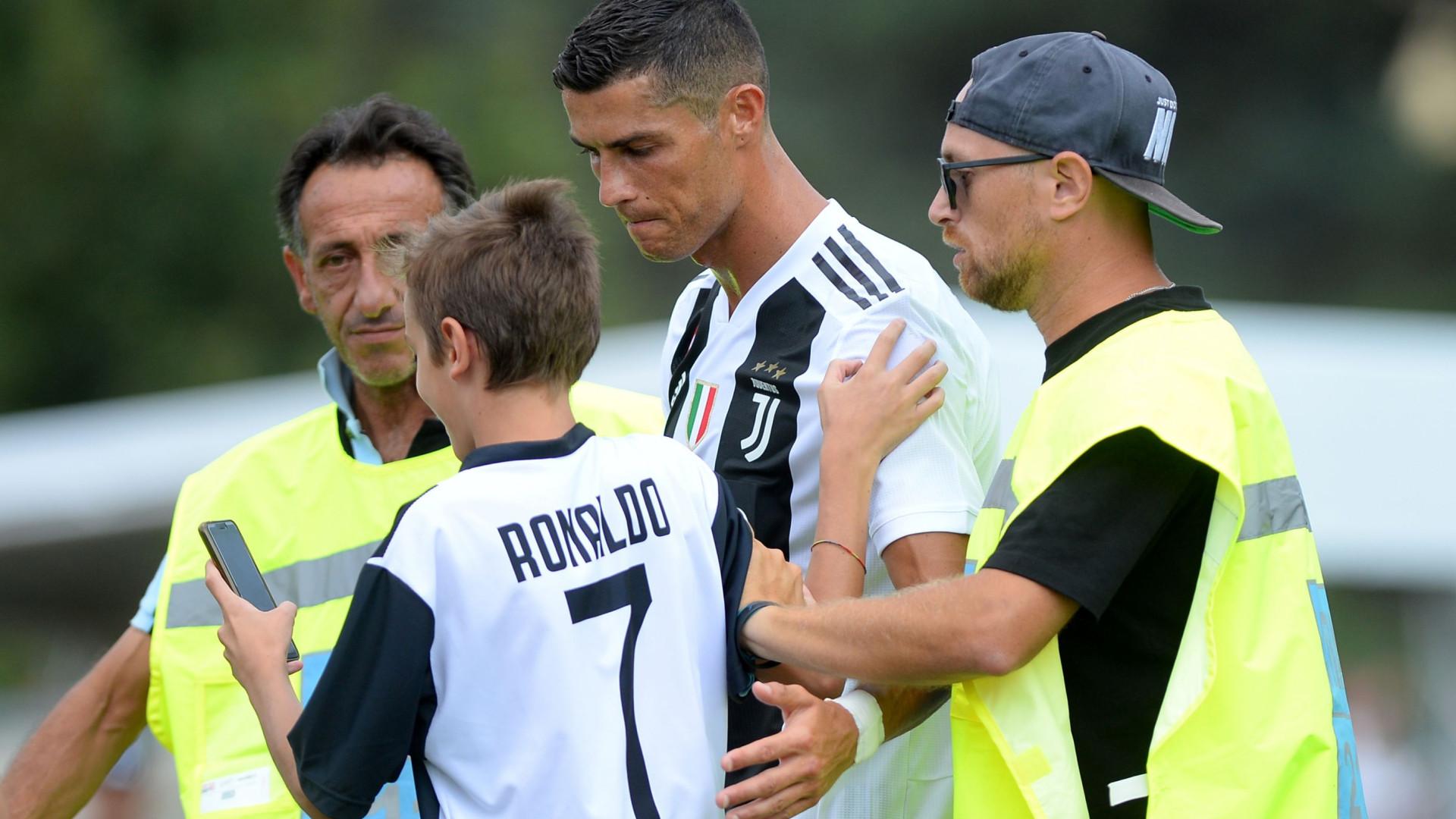 Estreia de Cristiano Ronaldo cancelada devido a invasão de campo