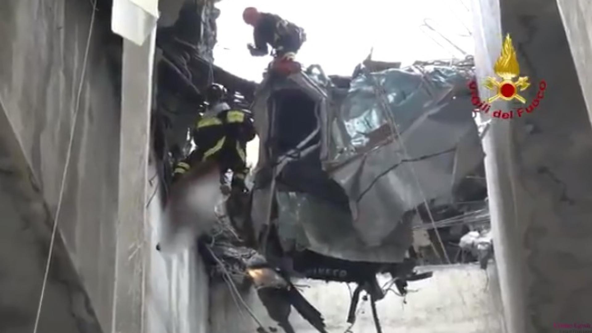 Autoridades partilham vídeo de resgate de vítima da queda de ponte