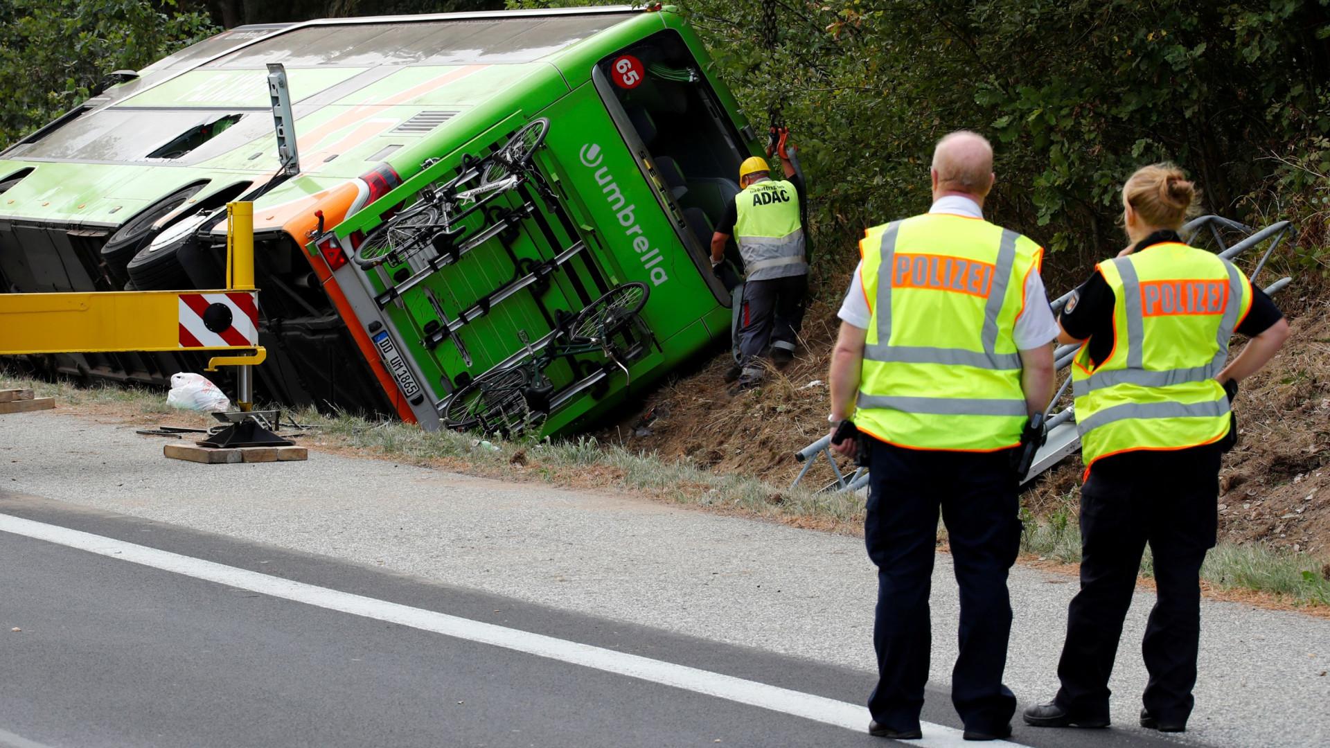 Balanço de feridos no acidente com autocarro na Alemanha sobe para 16
