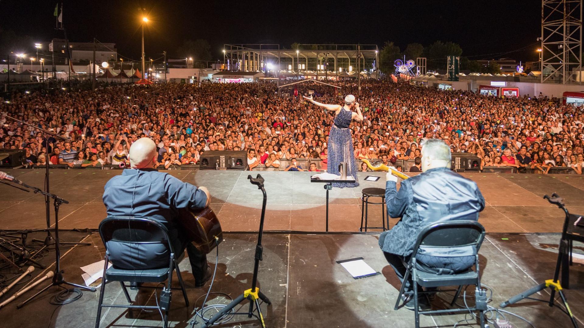 Fatacil bate recorde de visitantes em dia de concerto de Mariza