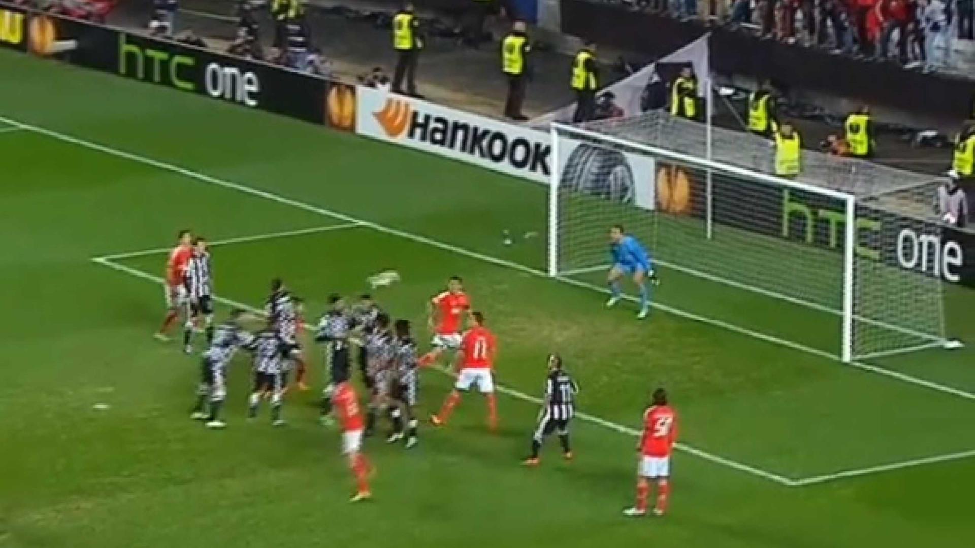 Em dia de playoff, UEFA recorda golaço de Gaitán ao PAOK