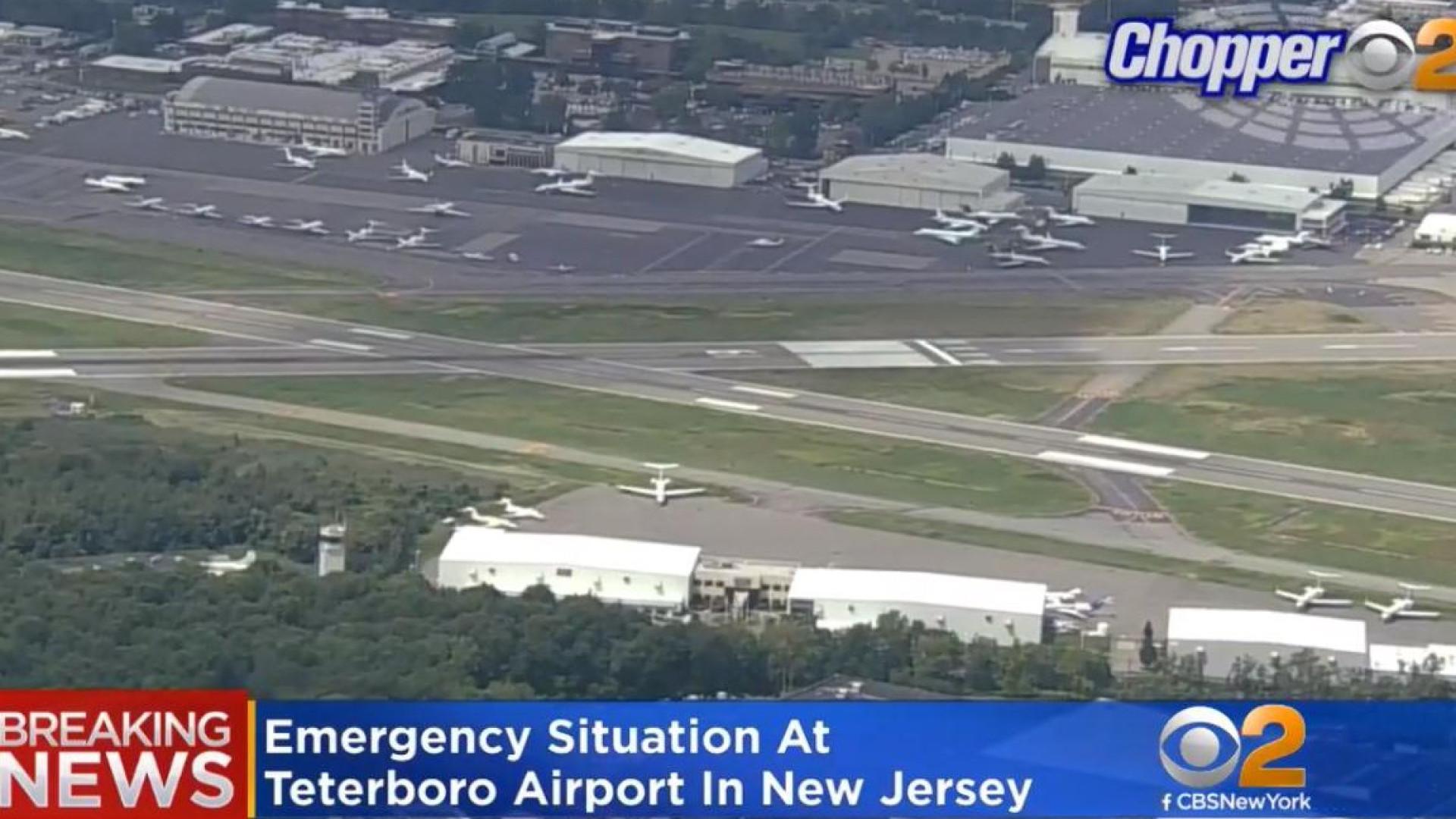 Nova Jérsia: Avião vai tentar aterrar com dois pneus rebentados
