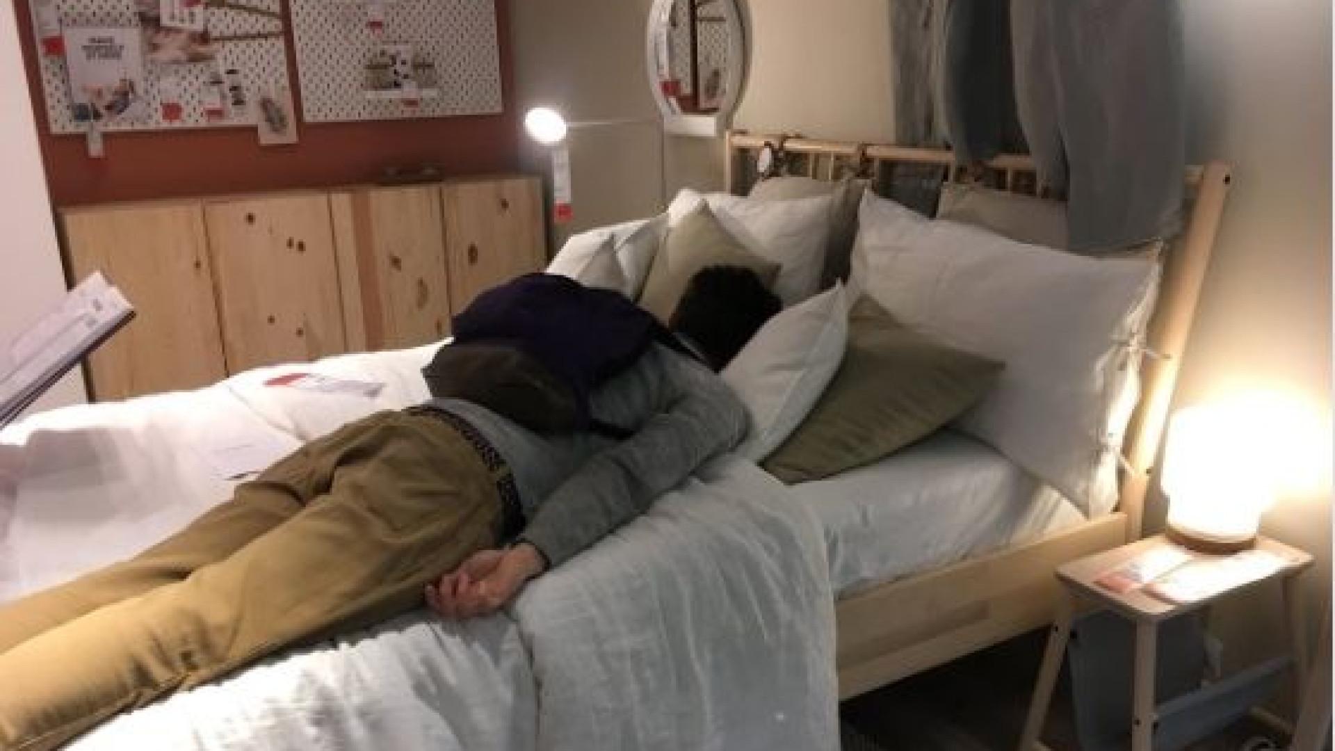 Após acidente que parou trânsito, IKEA oferece dormida a clientes