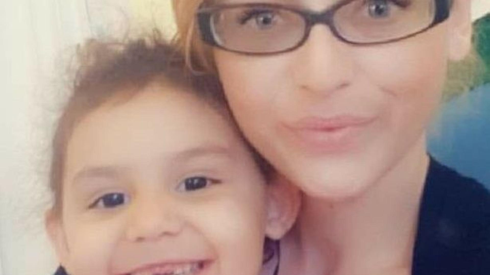 Criança contraiu sepsis no pé durante ida às compras com a mãe