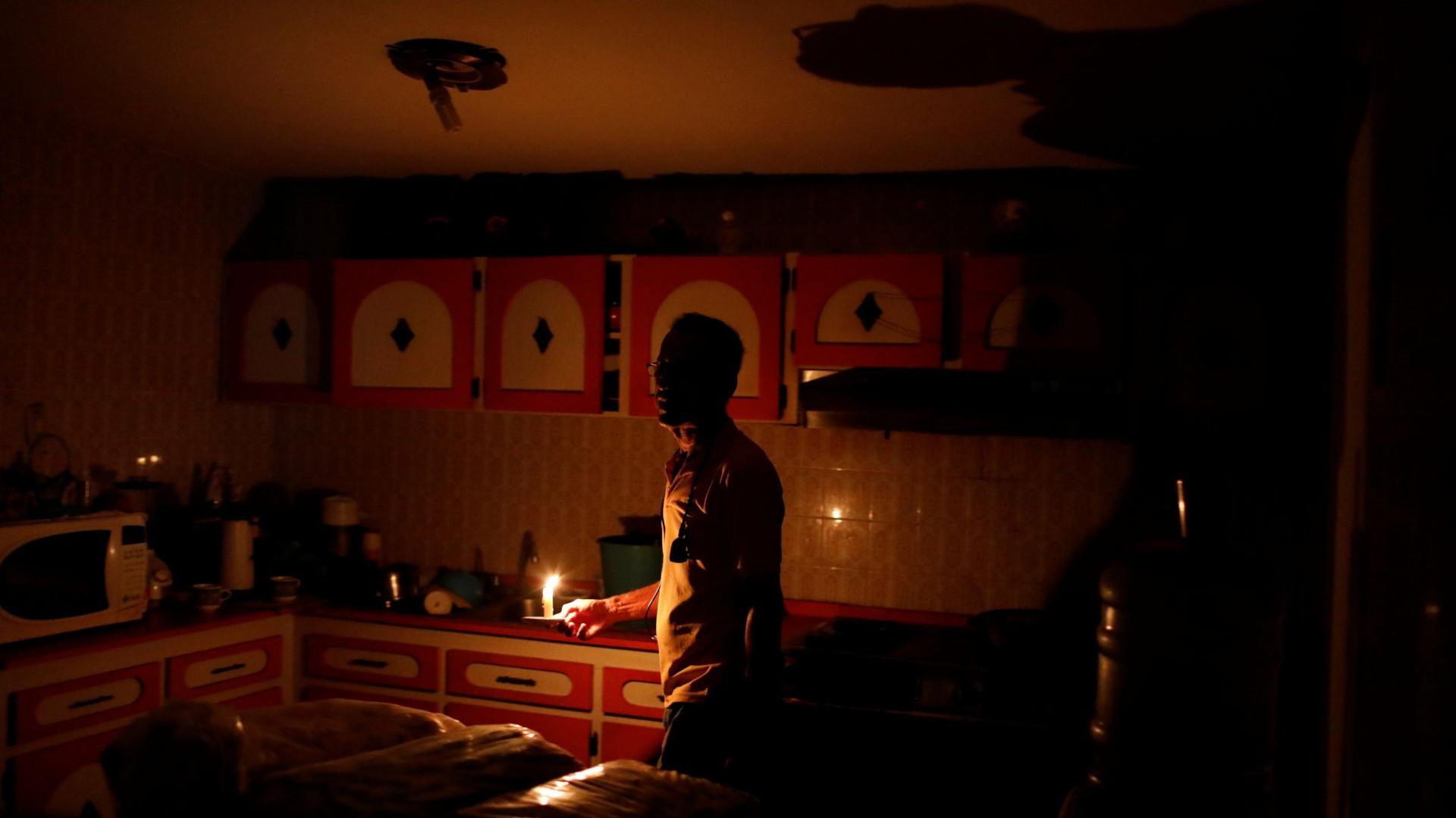 Caracas e estados de Vargas e Miranda às escuras devido a apagão