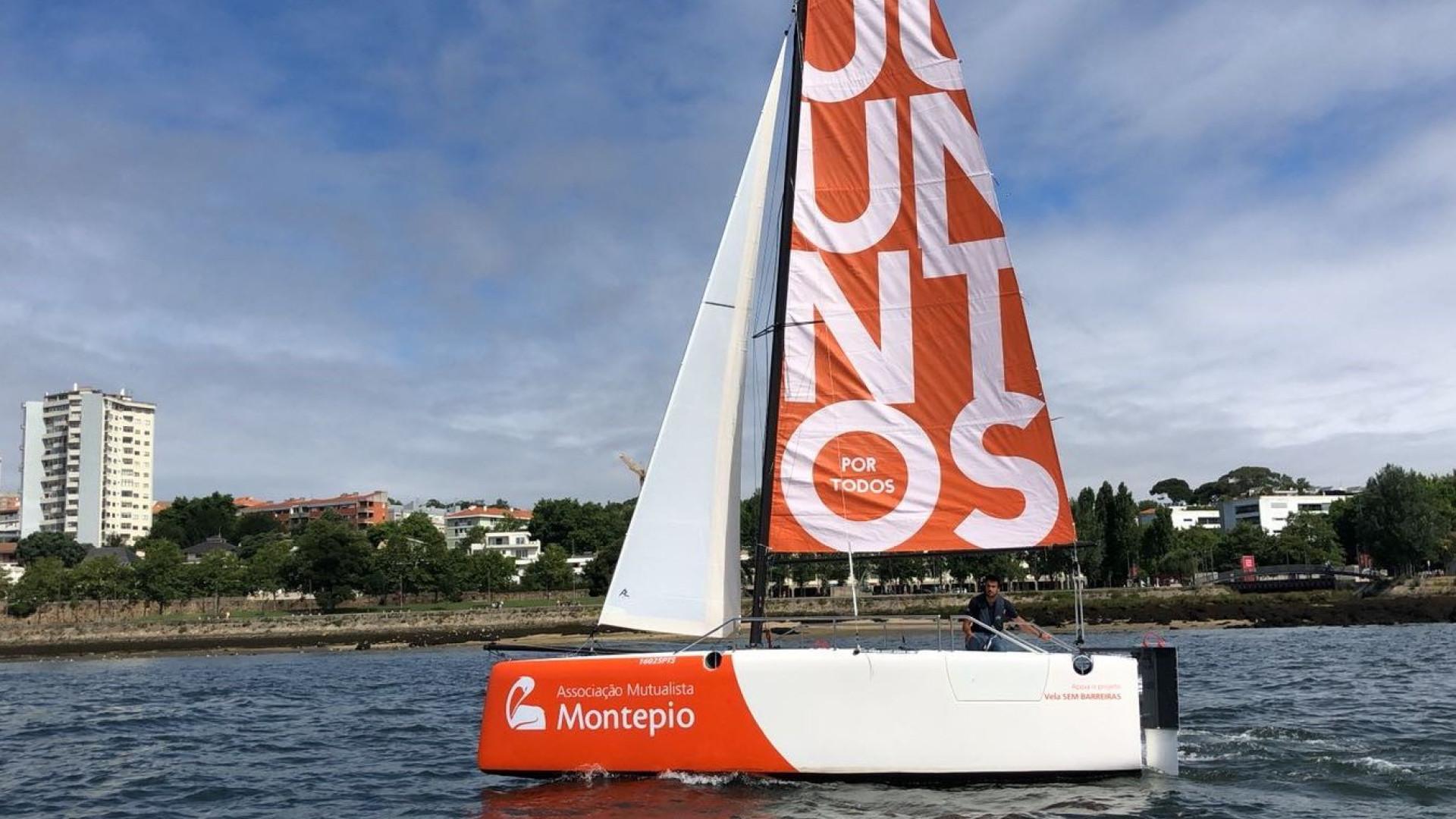 Foi criado o primeiro barco à vela para pessoas com mobilidade reduzida