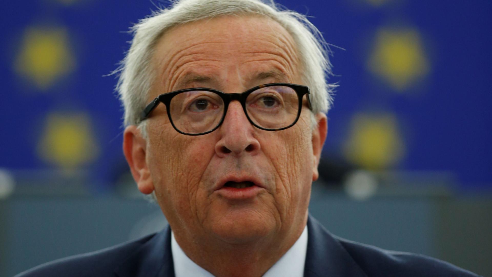 Bruxelas pede esclarecimentos de propostas orçamentais a três países
