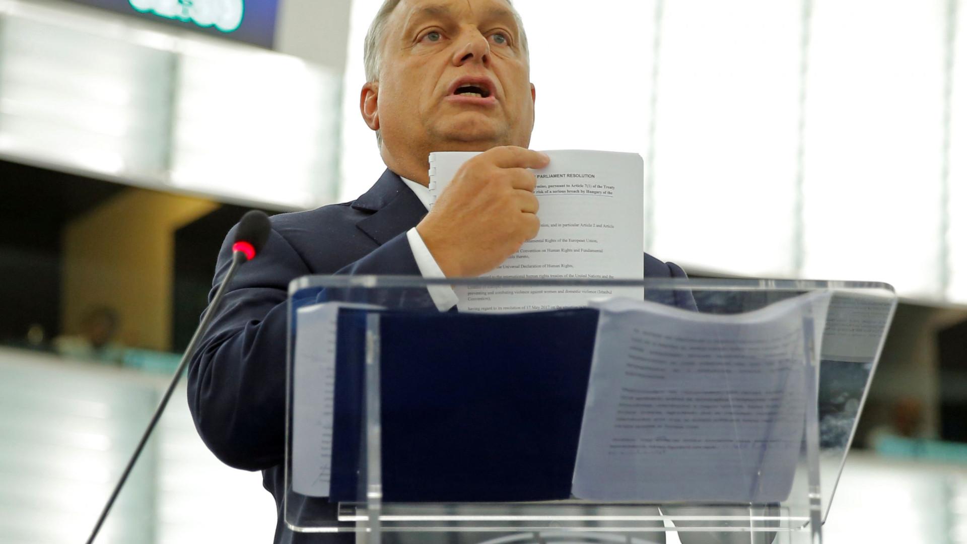 """""""Não existe perigo"""" para a Hungria com voto do Parlamento Europeu"""