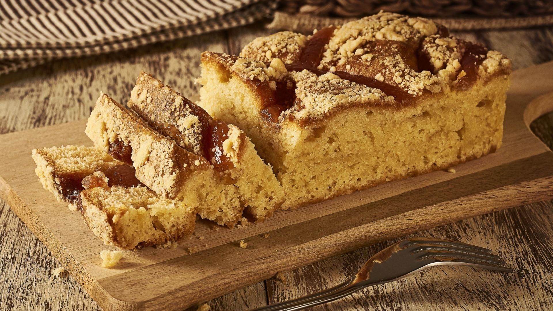 Olá fim-de-semana: Prove esta receita fácil e deliciosa de bolo de banana