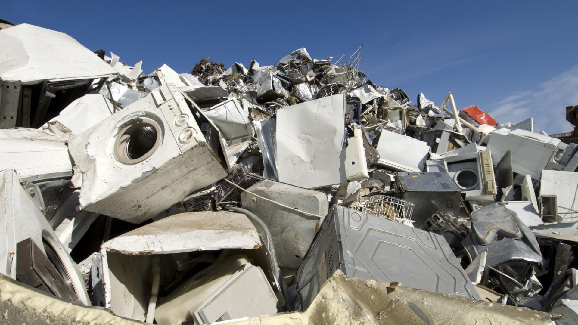 """Eletrodomésticos para reciclagem """"roubados"""" e prejudicam camada de ozono"""
