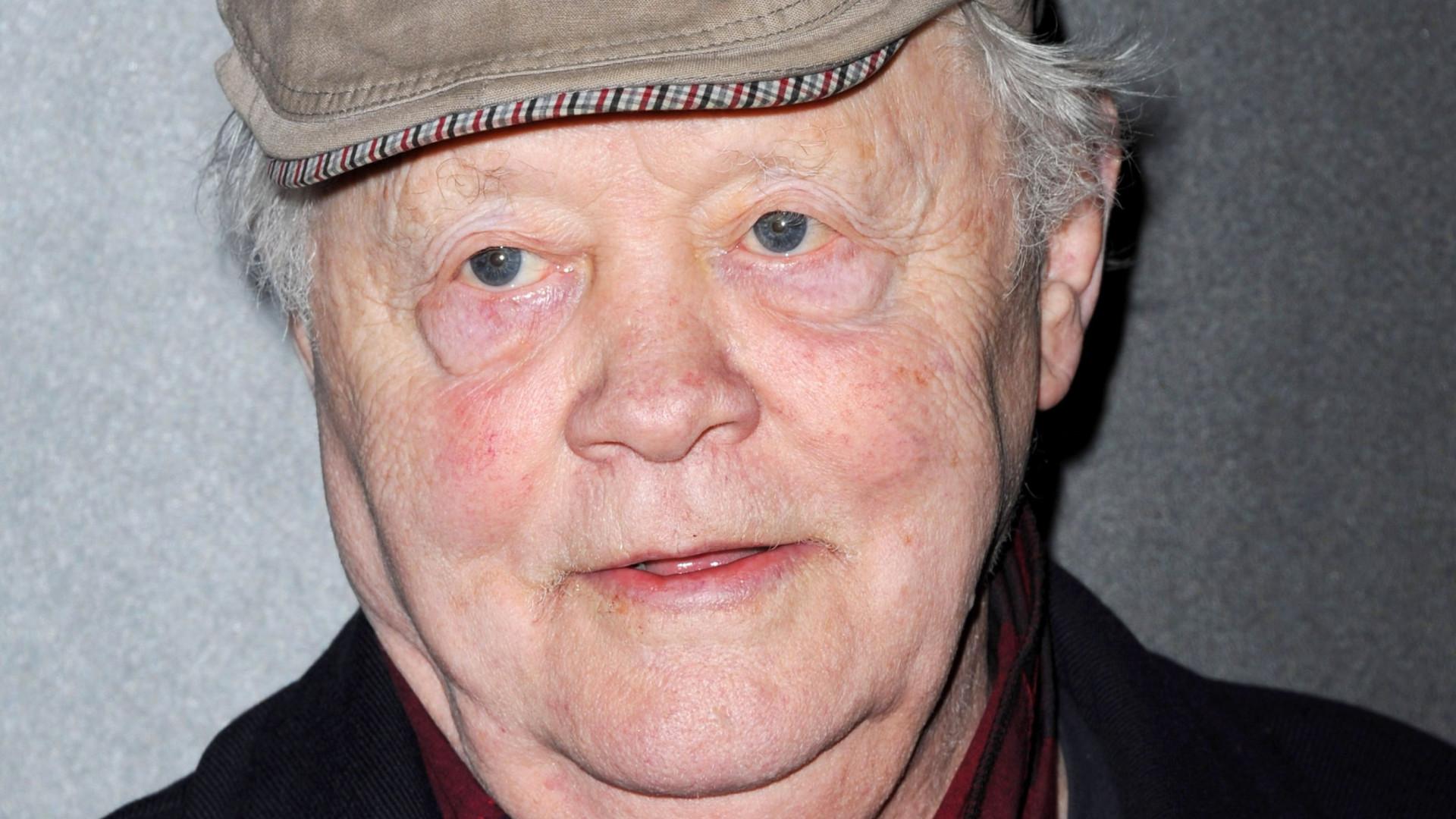 Morreu Dudley Sutton, Tinker da série 'Lovejoy'. Tinha 85 anos