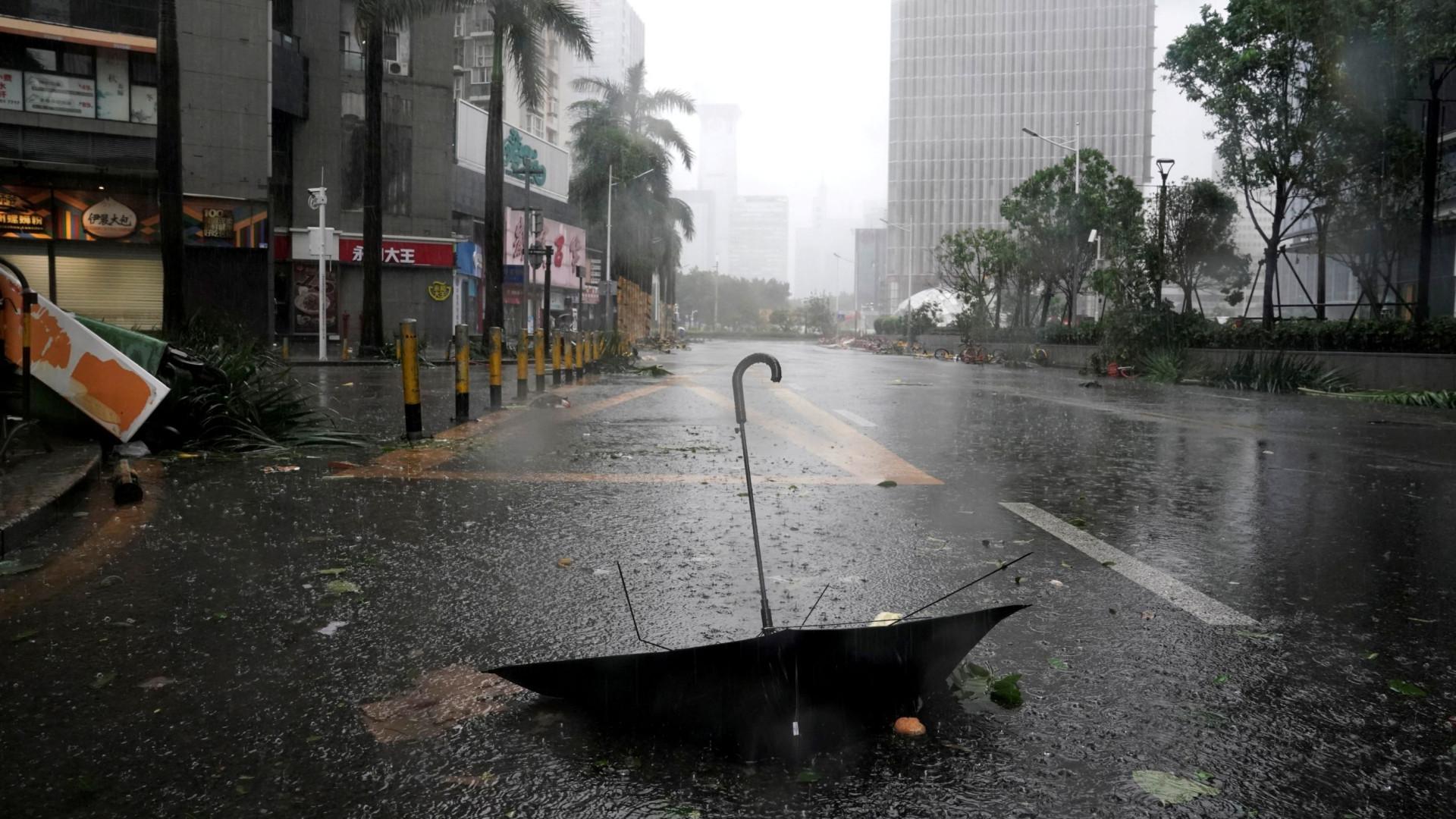 Pelo menos dois mortos no sul da China devido ao tufão Mangkhut