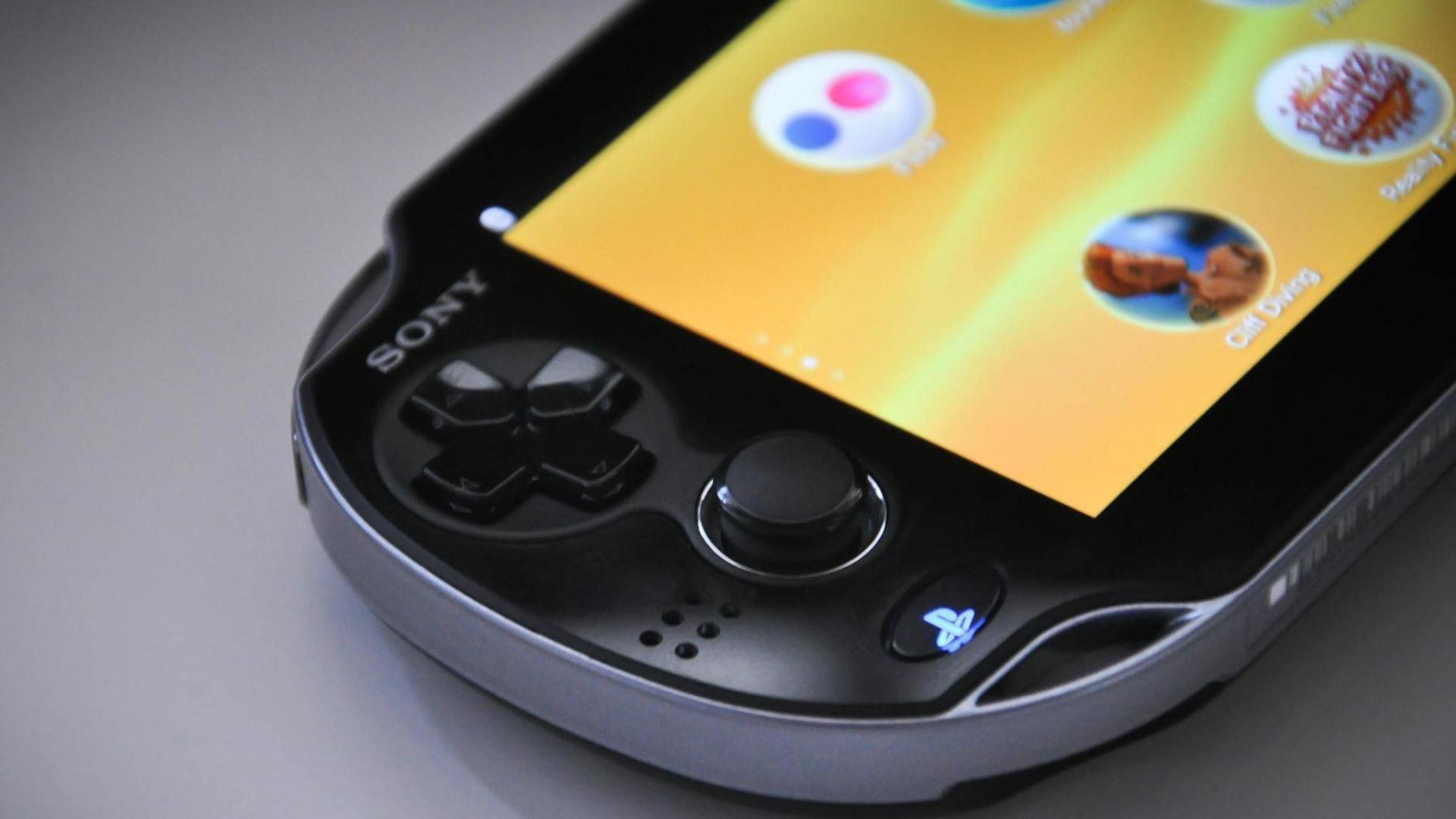 Sony 'atira a toalha ao chão' e acaba com produção da PS Vita no Japão