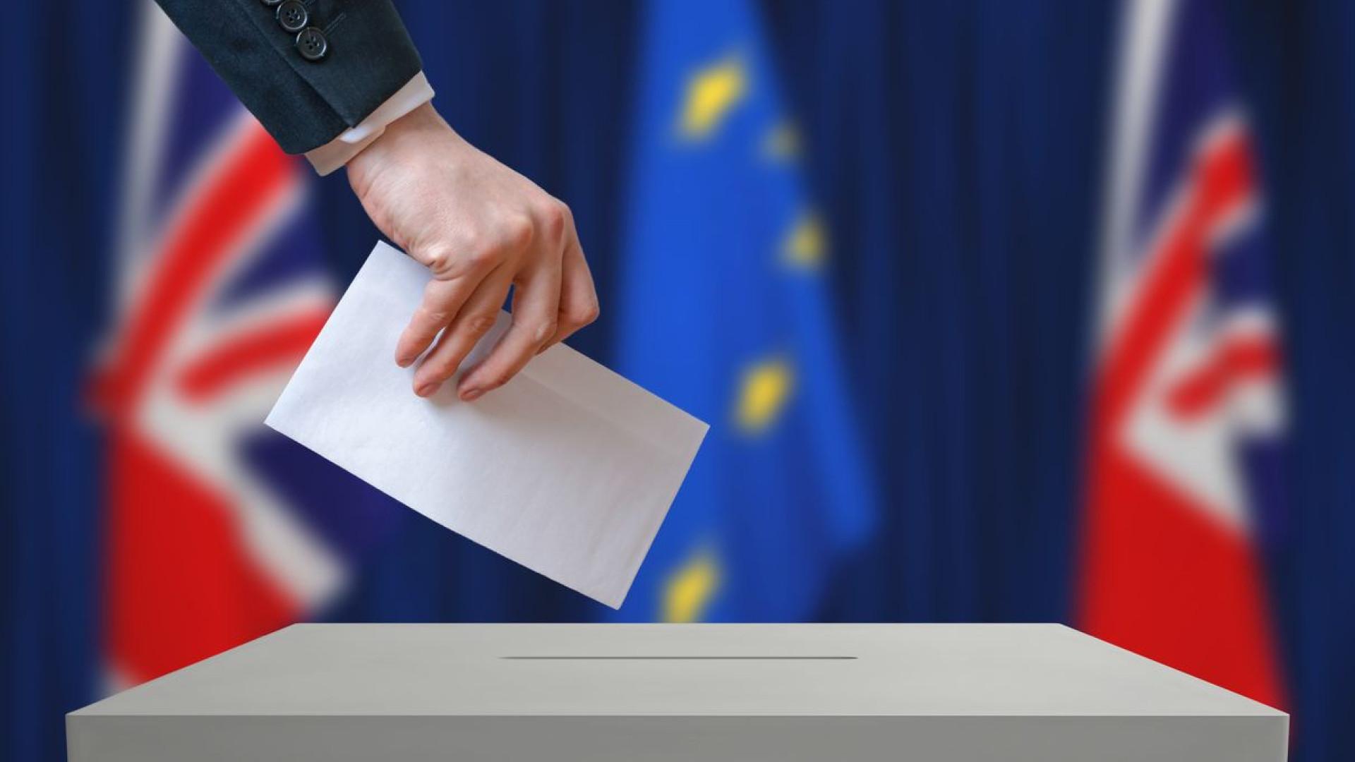 Trabalhistas admitem novo referendo, mas sem opção de permanecer na UE