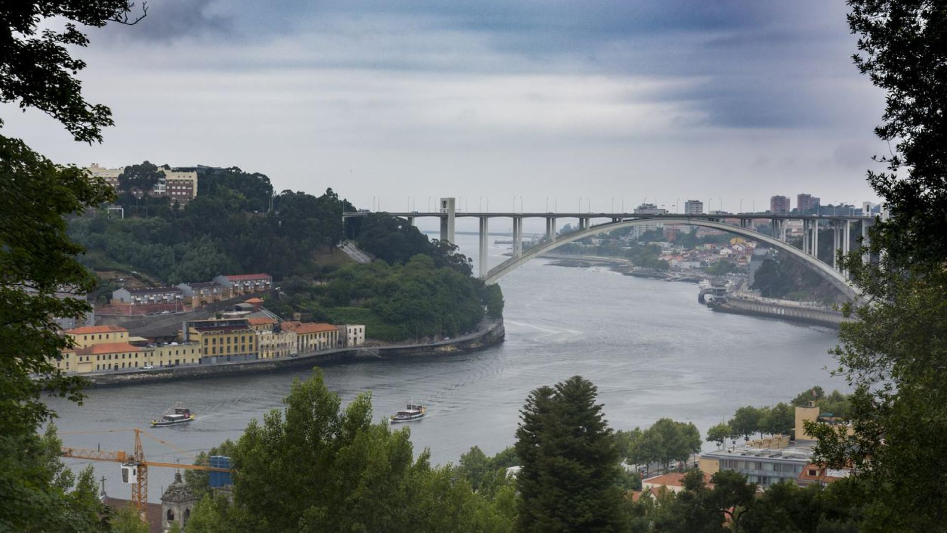 PSD/Porto quer nova comissão de inquérito às construções na Arrábida