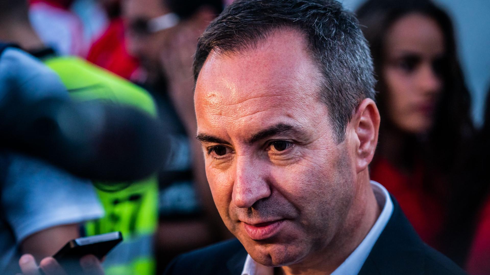 António Salvador arrasa a arbitragem e deixa recado para os jornalistas